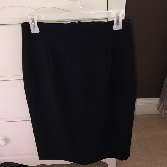Ellen Tracy Dresses & Skirts - Black Pencil Skirt